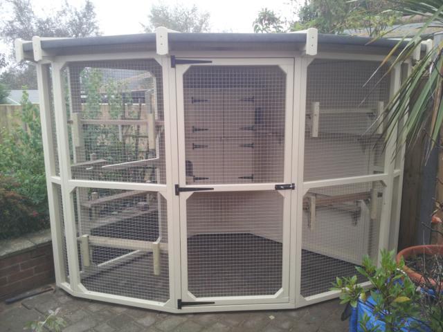 Hand made Bespoke Pet Enclosures | Luxury Pet Homes
