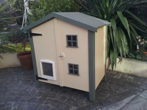2-tier Beach style cathouse
