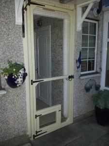 BACK DOOR CAT GATE